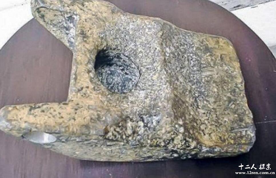 罗马尼亚建筑工人挖出25万年前铝合金 或为UFO碎片