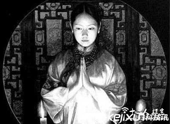 92年故宫<a href=http://www.12ren.com.cn/ target=_blank class=infotextkey>灵异事件</a>揭秘 简直恐怖了!