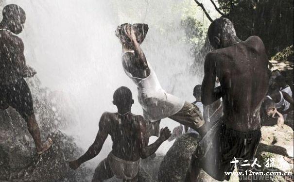 海地巫毒赤身沐浴