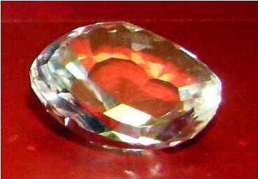 全球5大被诅咒的宝石饰品:光明之山钻石
