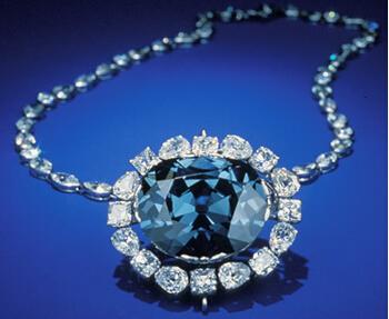 全球五大被詛咒的寶石飾品:希望藍鉆石 - 無盡的惡夢